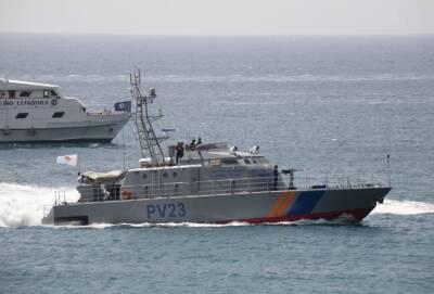 Приплывших на Кипр 14 мигрантов из Ливана отправят на родину
