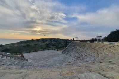 Департамент древностей обеспечил посетителей археологических раскопок Куриона питьевой водой