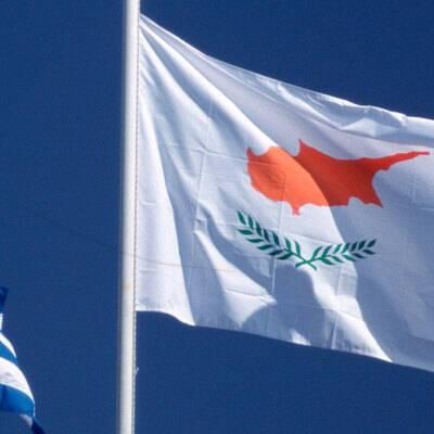Власти Кипра вводят новые ограничения из-за роста числа новых случаев ковида