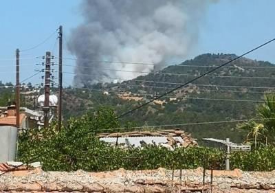На Кипре загорелась родовая деревня президента Анастасиадиса