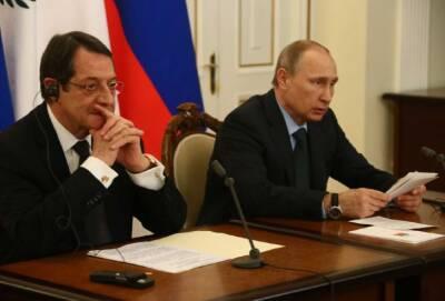 Путин ответил на два письма Анастасиадиса