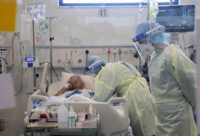 На Кипре интубирован 41-летний мужчина с поддельным сертификатом о вакцинации