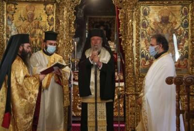 Хризостомос II: кто не хочет вакцинироваться и готов умереть, пусть умирает