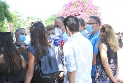 Власти Кипра одобрили третью дозу