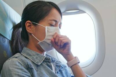 Риск заразиться в самолете коронавирусом составляет 0,1%