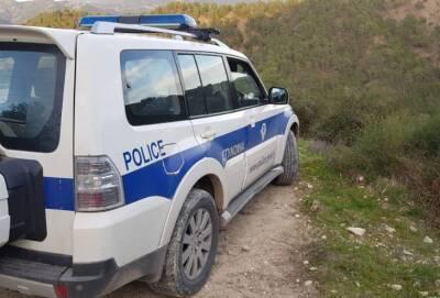 Угнанный в деревне Аредиу микроавтобус найден на склоне холма (видео)
