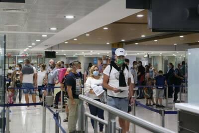 За первые восемь месяцев 2021 года Кипр посетило почти 3 миллиона туристов