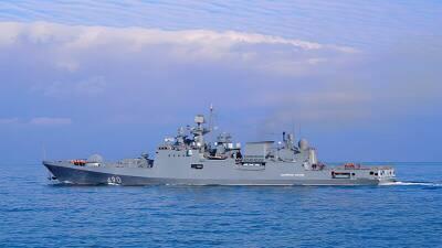 Фрегат «Адмирал Эссен» совершил деловой заход в порт Лимассол
