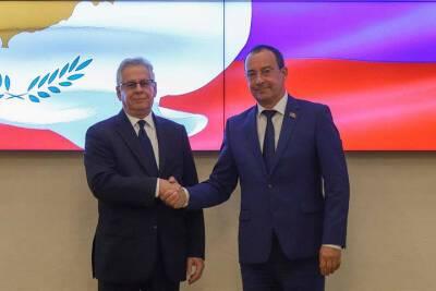 Председатель ЗСК Юрий Бурлачко встретился с Послом Кипра в России Андреасом Зиноносом