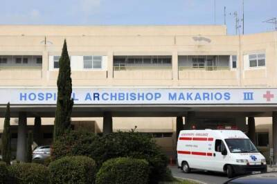 Ребенок с симптомами MIS-C интубирован в больнице Макариос